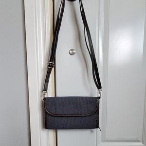 Thirty-one crossbody striped blue purse clutch